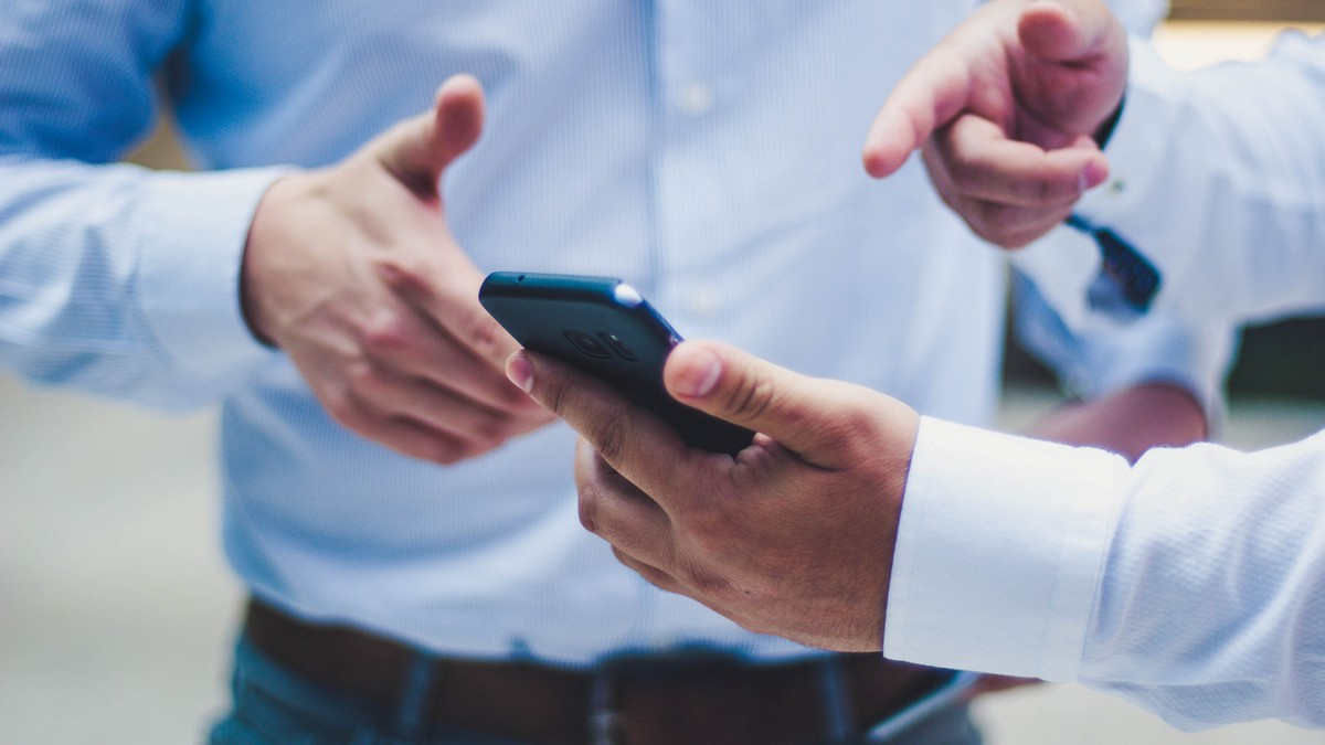 Muži využívají mobilní bankovnictví tak, jak se má.