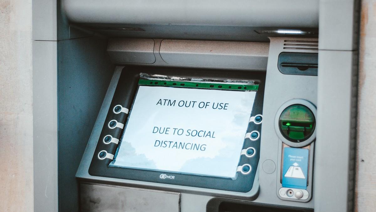 Bankomat, na kterém bych spáchán trestný čin zvaný skimming.
